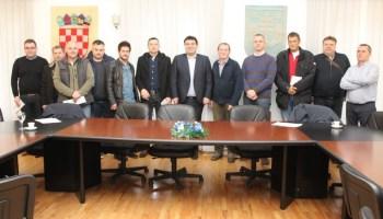 Križevci: Gradonačelnik Rajn potpisao ugovor za sufinanciranje nabave strojeva i oprema s križevačkim poduzetnicima i obrtnicima vrijedan gotovo 240 tisuća kuna