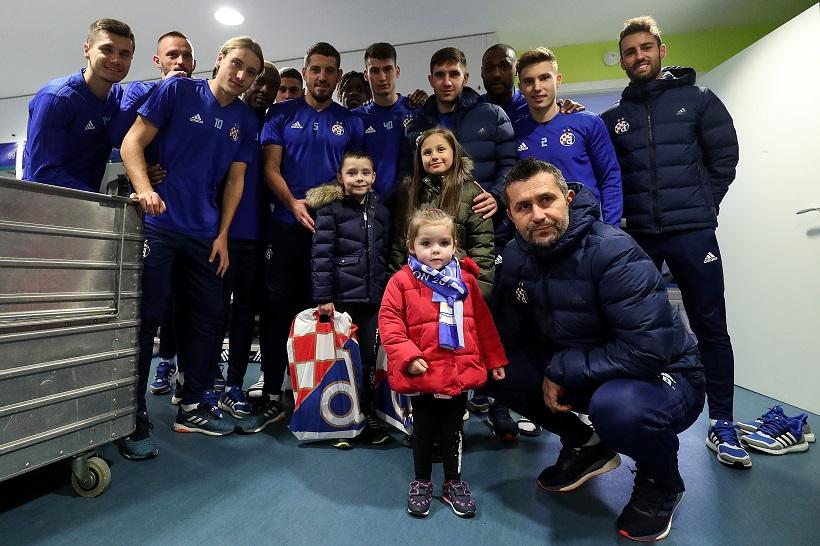 Dinamo u sklopu humanitarne akcije ugostio Evu i Gabrijela Slijepčević