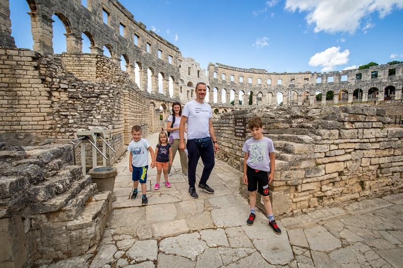 Pulski amfiteatar otvorio svoja vrata