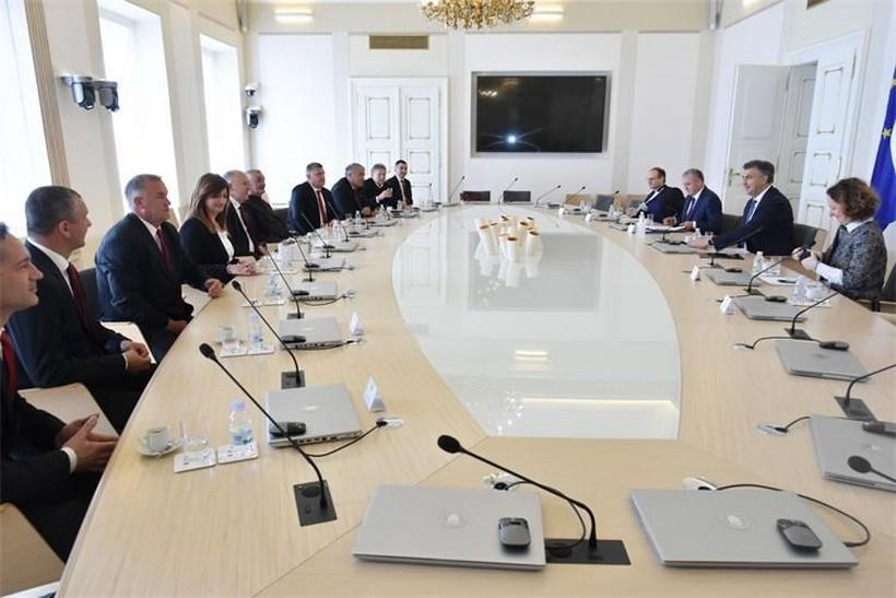 Plenković: 'Podupirući Sinjsku alku promoviramo hrvatsku kulturnu baštinu'