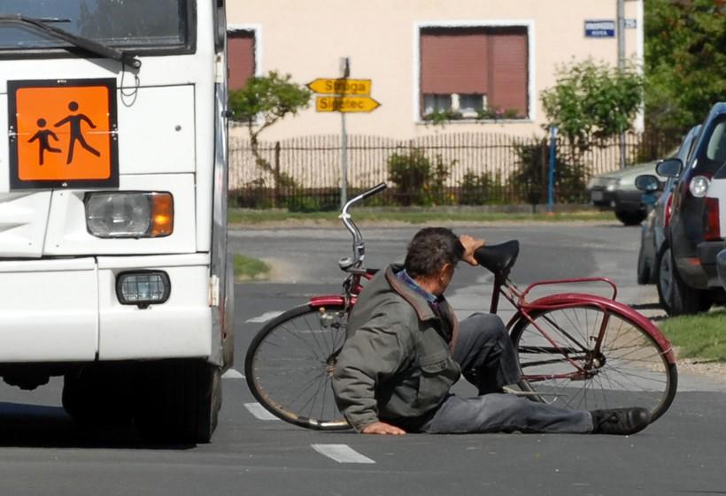 Pijani mladić pao s bicikla pa se ozlijedio