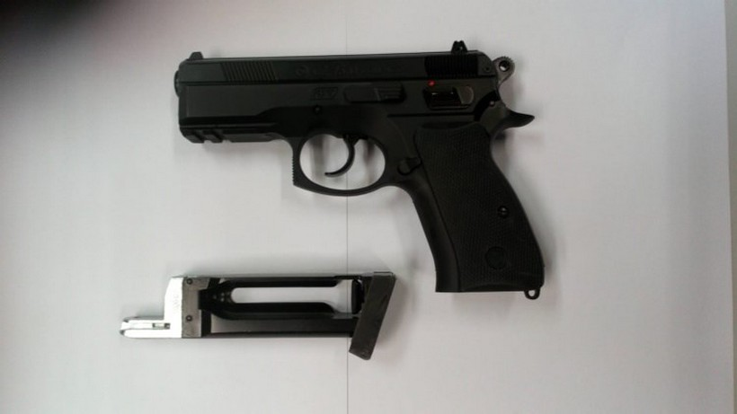 Drski mladići čak 12 puta opljačkali trgovine i benzinske uz prijetnju pištoljem; ali ne bilo kakvim!