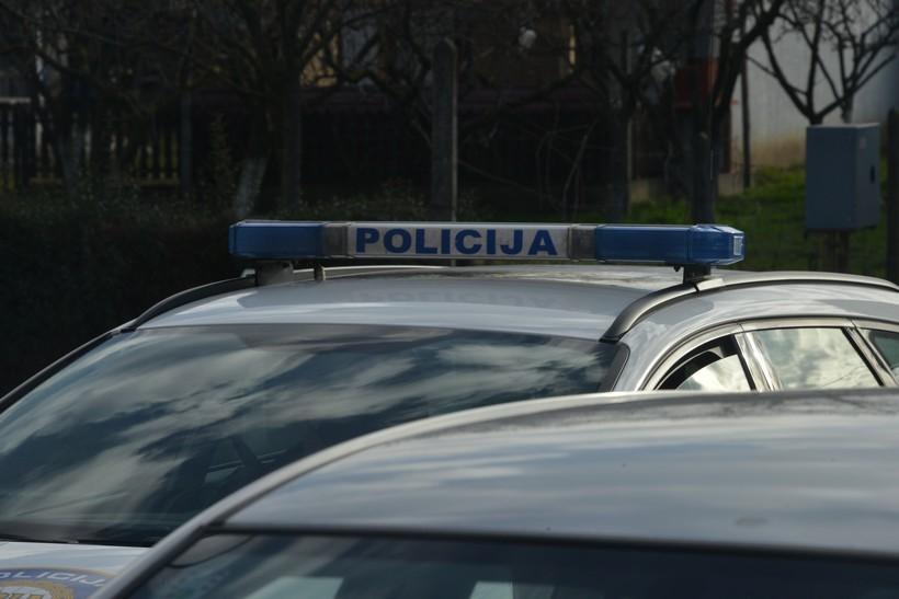 Zbog nepropisnog parkiranja u Križevcima se porječkali i vrijeđali muškarac i žena; intervenirala policija