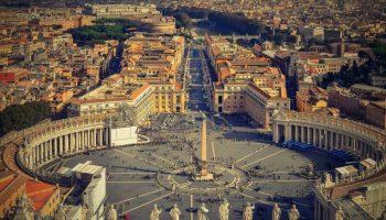 Počelo prvo suđenje kardinalu u Vatikanu zbog korupcije