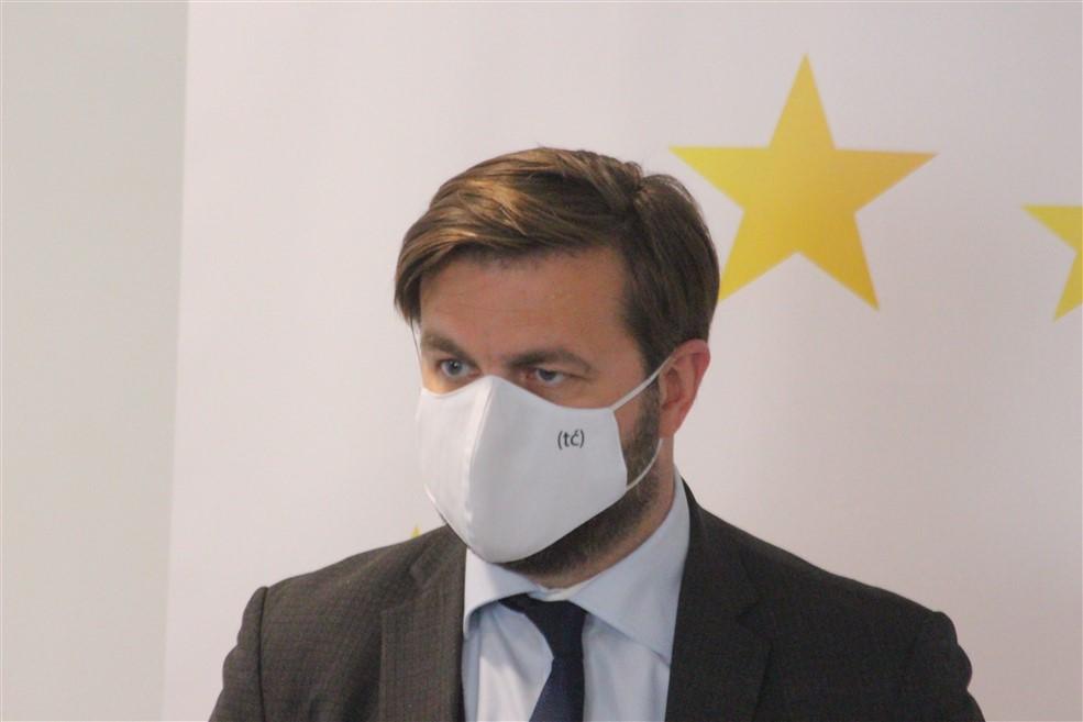 Ćorić o planu EK za smanjenje emisije štetnih plinova