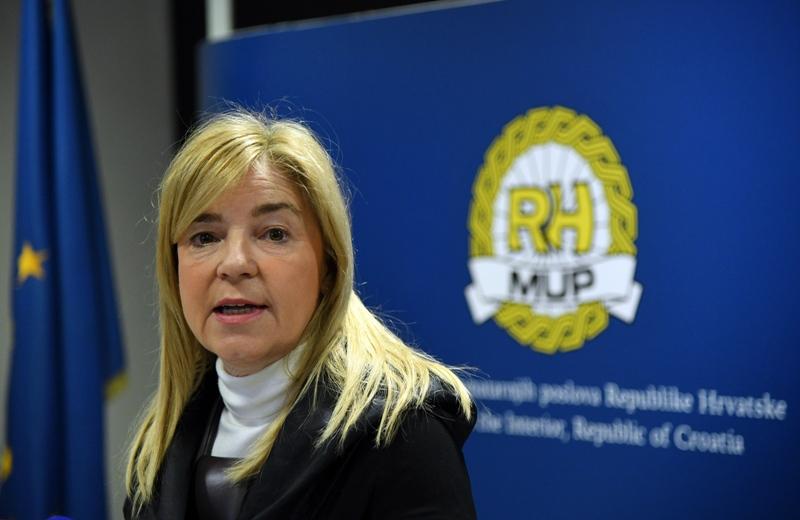 Pravobraniteljica pozvala na izuzimanje djece od promidžbenih političkih aktivnosti