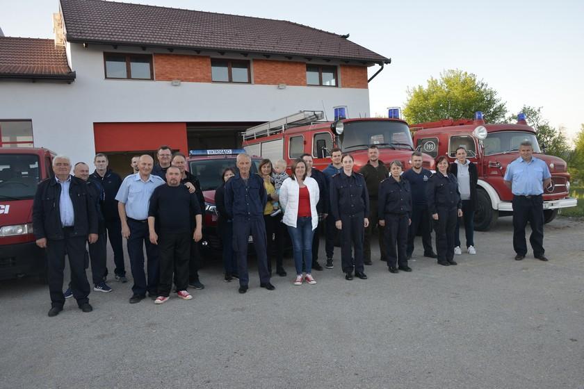 DAN SV. FLORIJANA U Sveti Petar Orehovec stiglo novo vatrogasno vozilo