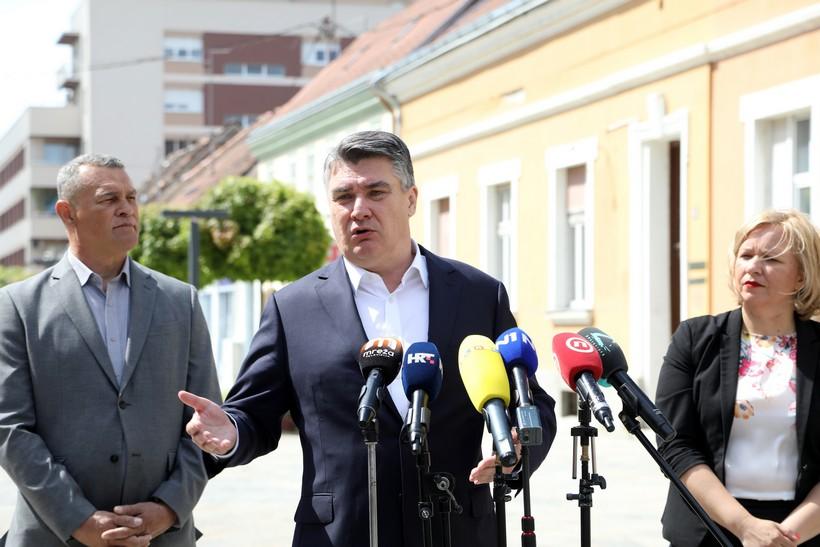 Milanović u Sisku: Obnova bi mogla biti brža