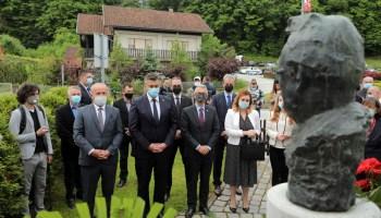 Izaslanstvo HDZ-a položilo vijence ispred kuće prvoga hrvatskog predsjednika