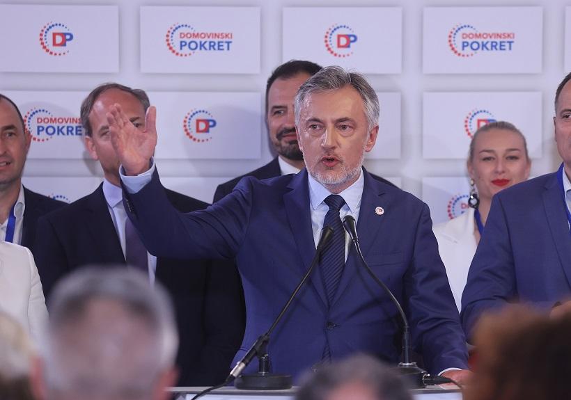Miroslav Škoro dao ostavku zbog narušenih odnosa u stranci