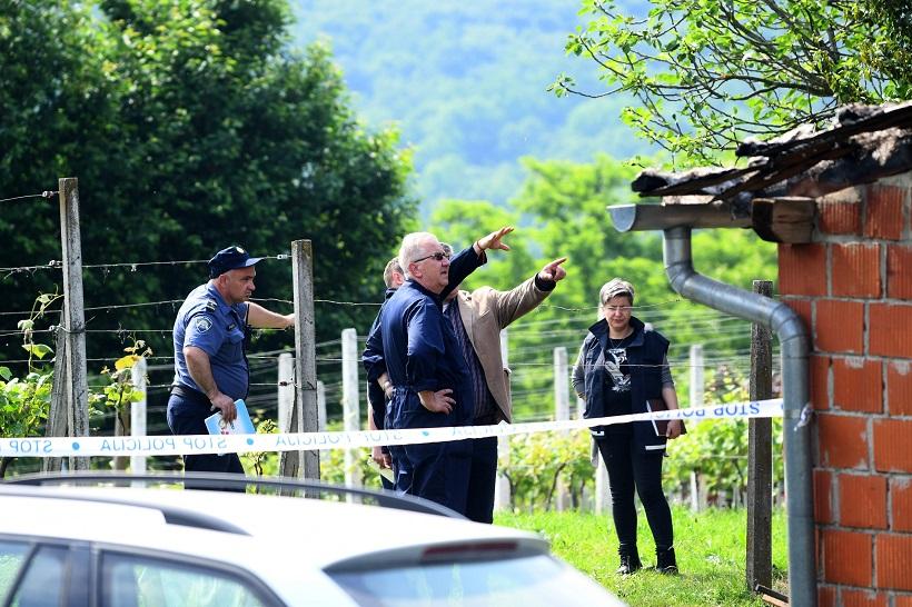 "Bjelovar – na očevidu požara s dvije poginule osobe i vještaci Centra ""Ivan Vučetić"""