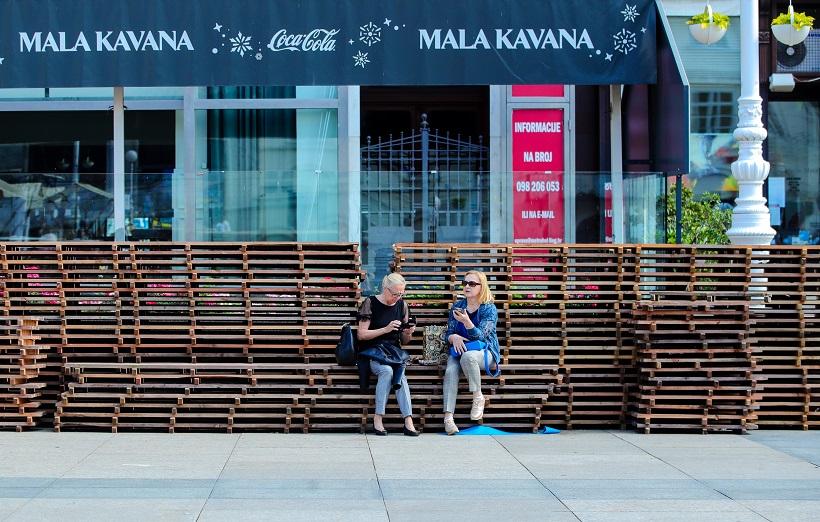 U centru Zagreba možete odmoriti i na paletama