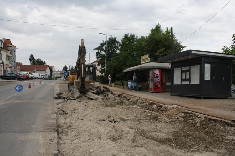 Počela sanacija Ulice poginulih branitelja u Vrbovcu