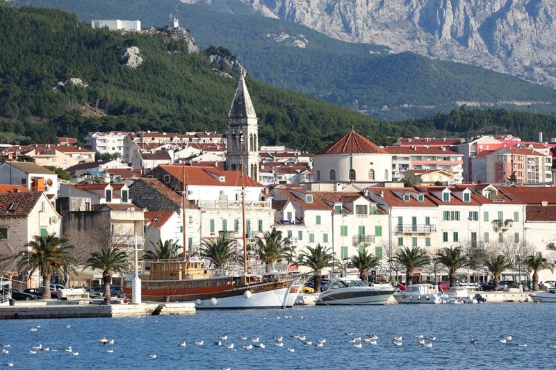Makarska odgađa koncerte od 15. do 30. srpnja
