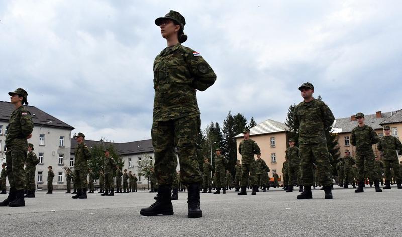 🎦 U Požegi prisegnuo 191 ročnik na dragovoljnom vojnom osposobljavanju