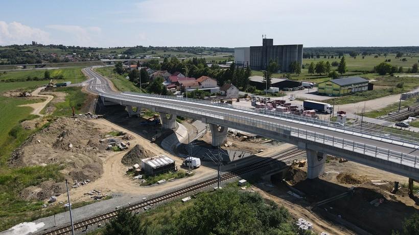 🖼️ Nadvožnjak preko željezničke pruge u Križevcima otvoren za promet
