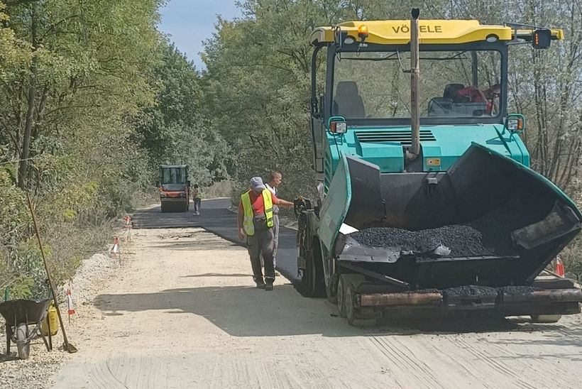 Asfaltirana cesta u Sigecu: 'Riješili smo problem koji već godinama muči mještane'