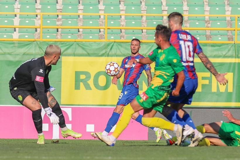 Prva HNL: Hajduk slavio u Puli, hat-trick Livaje
