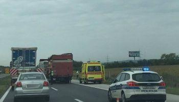 Teška nesreća kod Svete Helene; sudarila se dva kamiona; jedna osoba poginula