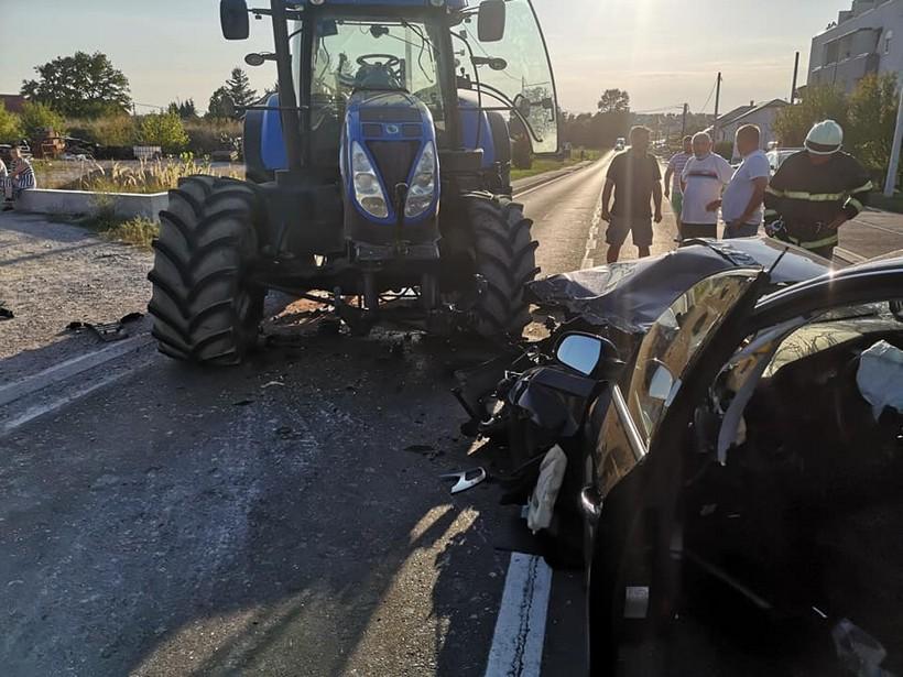 sudar auto traktor (6)