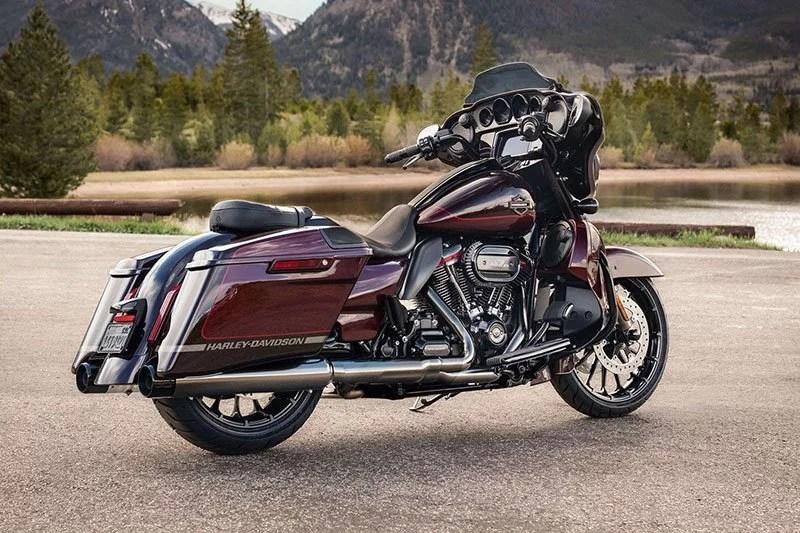 primaberita - Harley Davidson CVO Street Glide