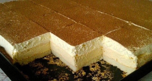 Recept na fantastické smetanové kostky s vanilkovým krémem