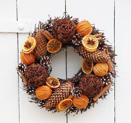 Vánoční výrobky z pomerančů