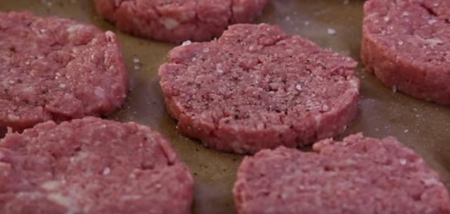 Recept na mleté maso, zapečené s bramborami a sýrem - Prima inspirace