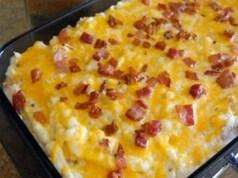 Zapečené brambory se slaninou a sýrem