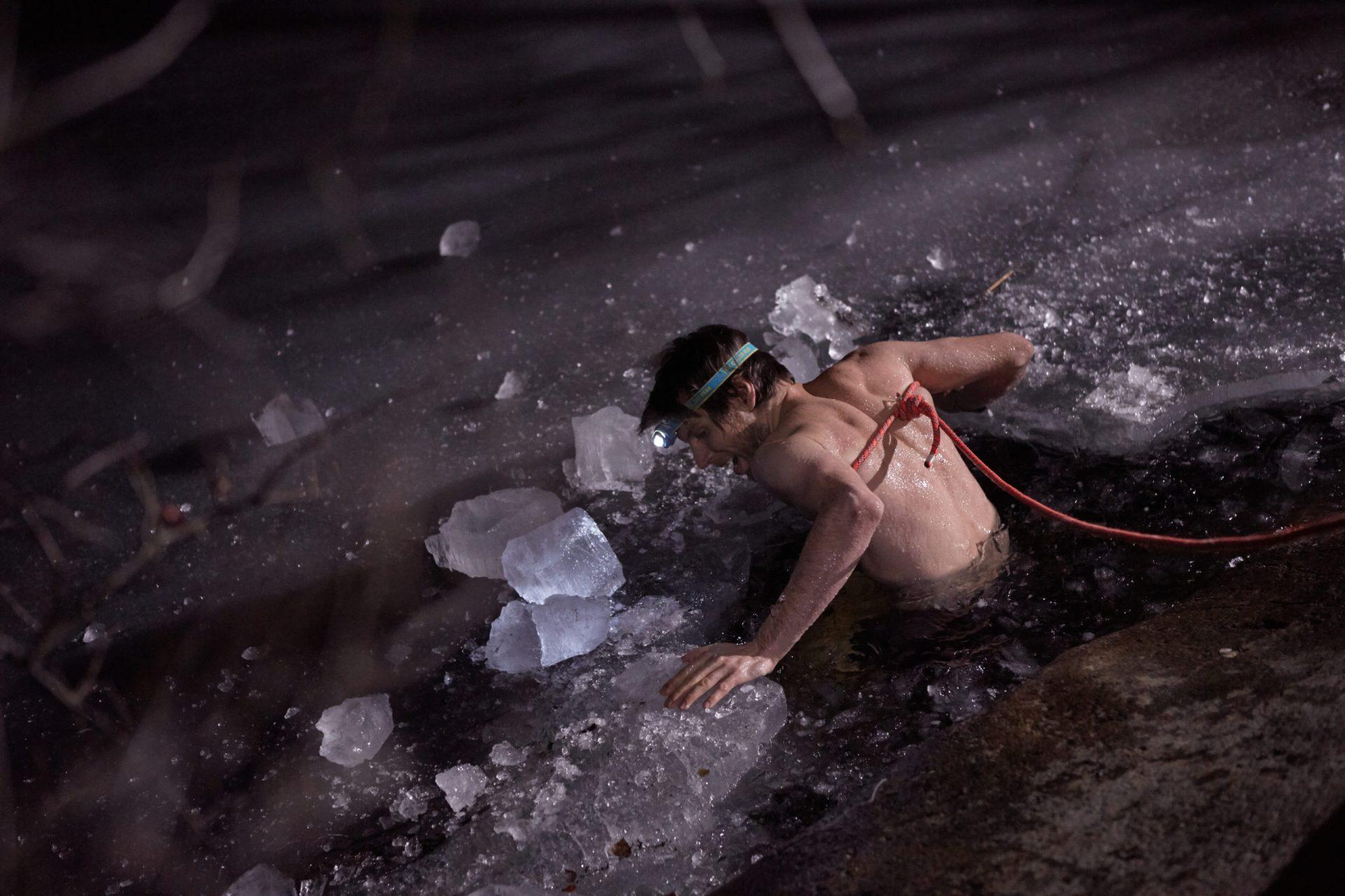 Milruck Winter Tough, Ice Bath