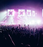 Josh Sorenson - « Peoples in concert » - Licence CC 0.0 2014 - pexels.com, -