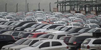 Venda de veículos cai 0,3% em agosto e produção aumenta 1,1%