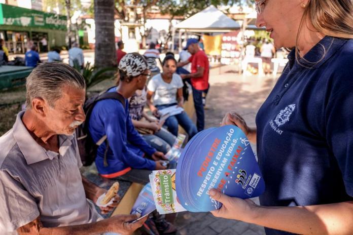 Ação integrada em Cuiabá comemora o Dia Internacional do Pedestre