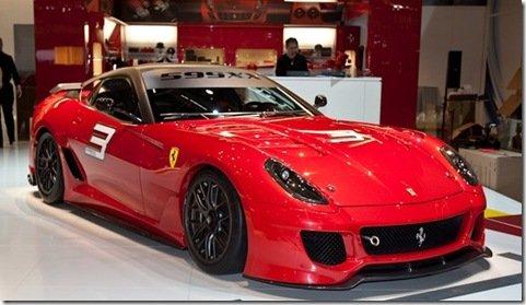As fotos da Ferrari 599xx aparecem antes do esperado