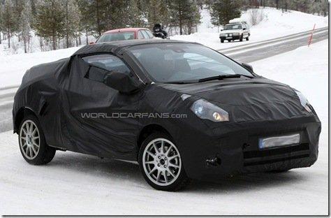 Renault Twingo em versão conversível é flagrado