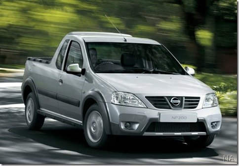 Nissan reestiliza NP200 na África do Sul