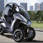 Peugeot deverá lançar scooter de 3 rodas até o final de 2010