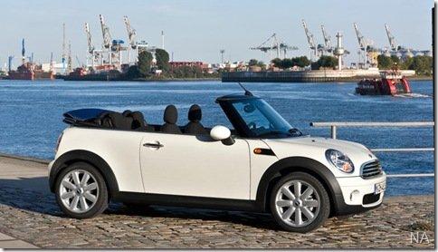 Mini Cooper Cabrio também chega em versão mais barata custando R$ 114.900