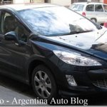 Peugeot 308 hatch é flagrado na Argentina