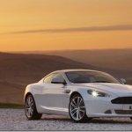 Aston Martin começa a produzir linha 2011 do cupê DB9