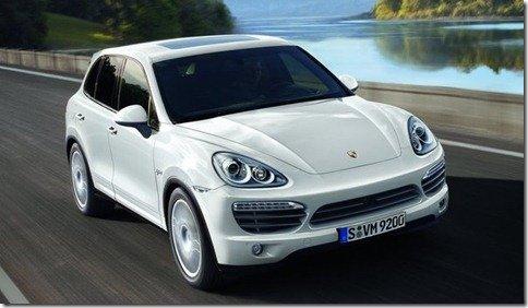 Porsche Cayenne 2011 chega por R$ 379.000