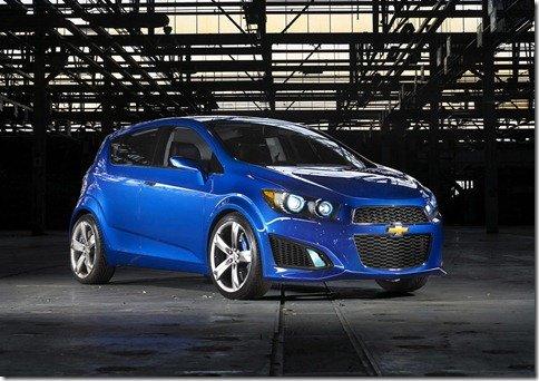 GM poderá vender Aveo no Brasil em 2012