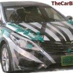 Nova geração do Hyundai Azera 2012 é flagrada com menos disfarces