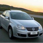 Antiga geração do Volkswagens Jetta sai de linha no México