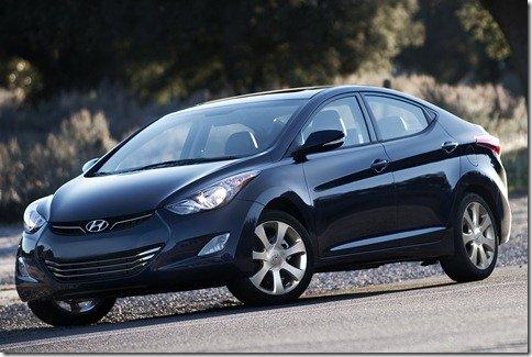 Hyundai Elantra chega em 2011 com motor flex