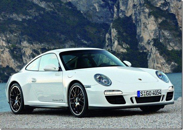 Porsche 911 Carrera GTS chega por R$ 580 mil