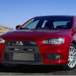 "Segundo a Mitsubishi Lancer Evolution X continuará ""vivo"""