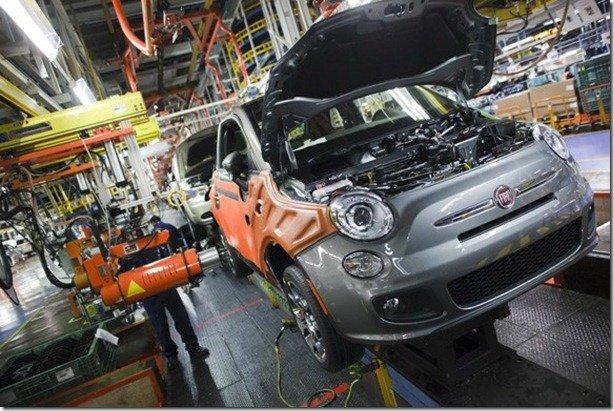 Fiat 500 e Nissan March começam a ser produzidos no México