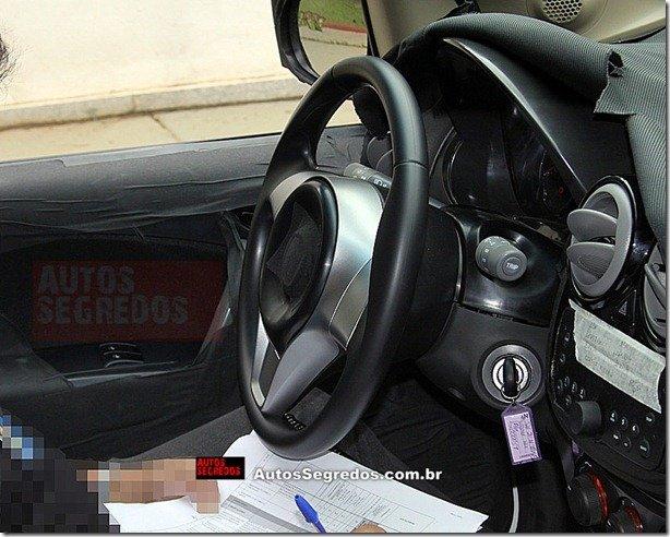 Interior do novo Fiat Palio é flagrado novamente