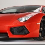 Lamborghini Aventador é apresentado oficialmente